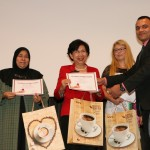 Jane Yau felsővonalunk előadásában elmondta, hogy már 15.000 embernek tudott segíteni DXN ganoterapetuaként