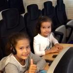 Lánykáink a konferencián is ott akartak lenni :-)